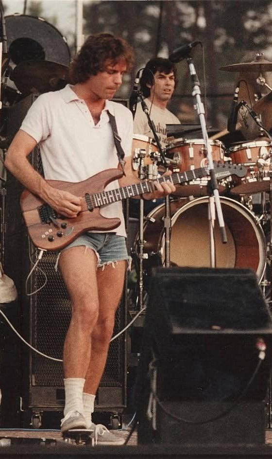 Bob-Weir-shorts (1)